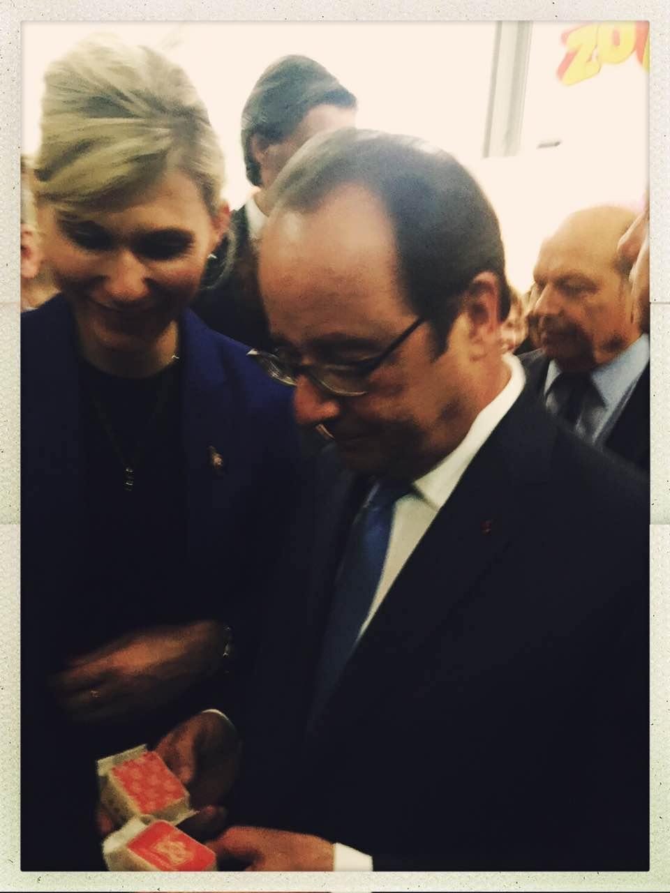 法國總統與小貓巴克里鳳梨酥